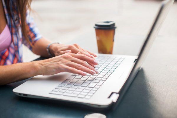 Como o aprendizado on-line pode melhorar o desempenho acadêmico