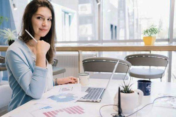 Os 6 segredos para ser um profissional administrativo de sucesso